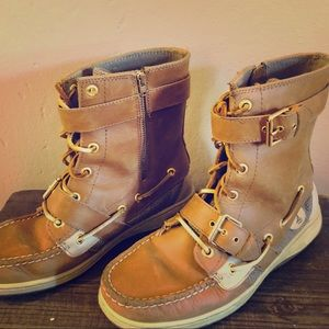 Sperry Leather Top with Buckles Ankle Boots